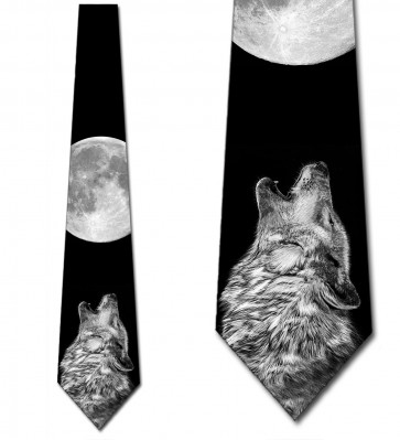 Wolf Howling at the Moon Necktie