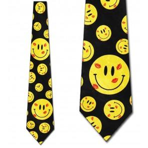 Kissy Face Allover Tie