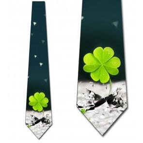 Wild Clover Necktie